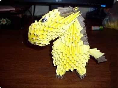 Автор модульного оригами конь амелия