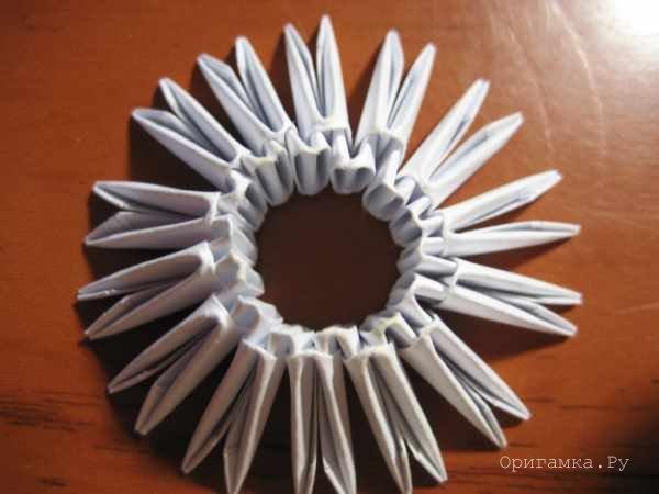 Модульное оригами цыпленок в