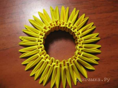 Модульное оригами «Ваза с ручками»