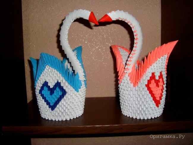 Модульное оригами лебедь с