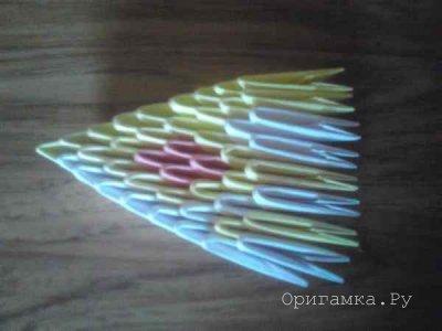 Бабочка из модулей оригами - автор Сергей Саквенков