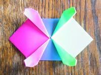 Черепаха из цветной бумаги