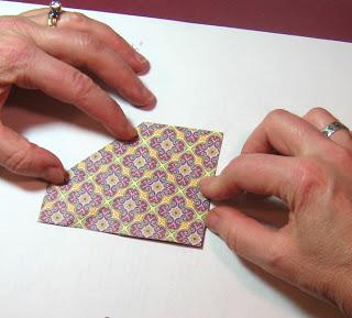 Бабочка оригами из бумаги для скрапбукинга